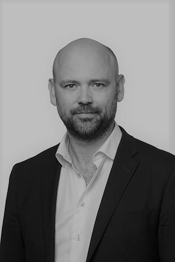 Black and white profil picture of Andreas Jaeger, board of directors at ChromoGenics