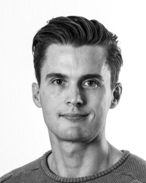 Black and white profil picture of Johnny Degerman Engfeldt, Technical Product Manager at ChromoGenics